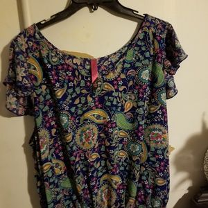 Pure Energy size 2 Paisley soft and flowy